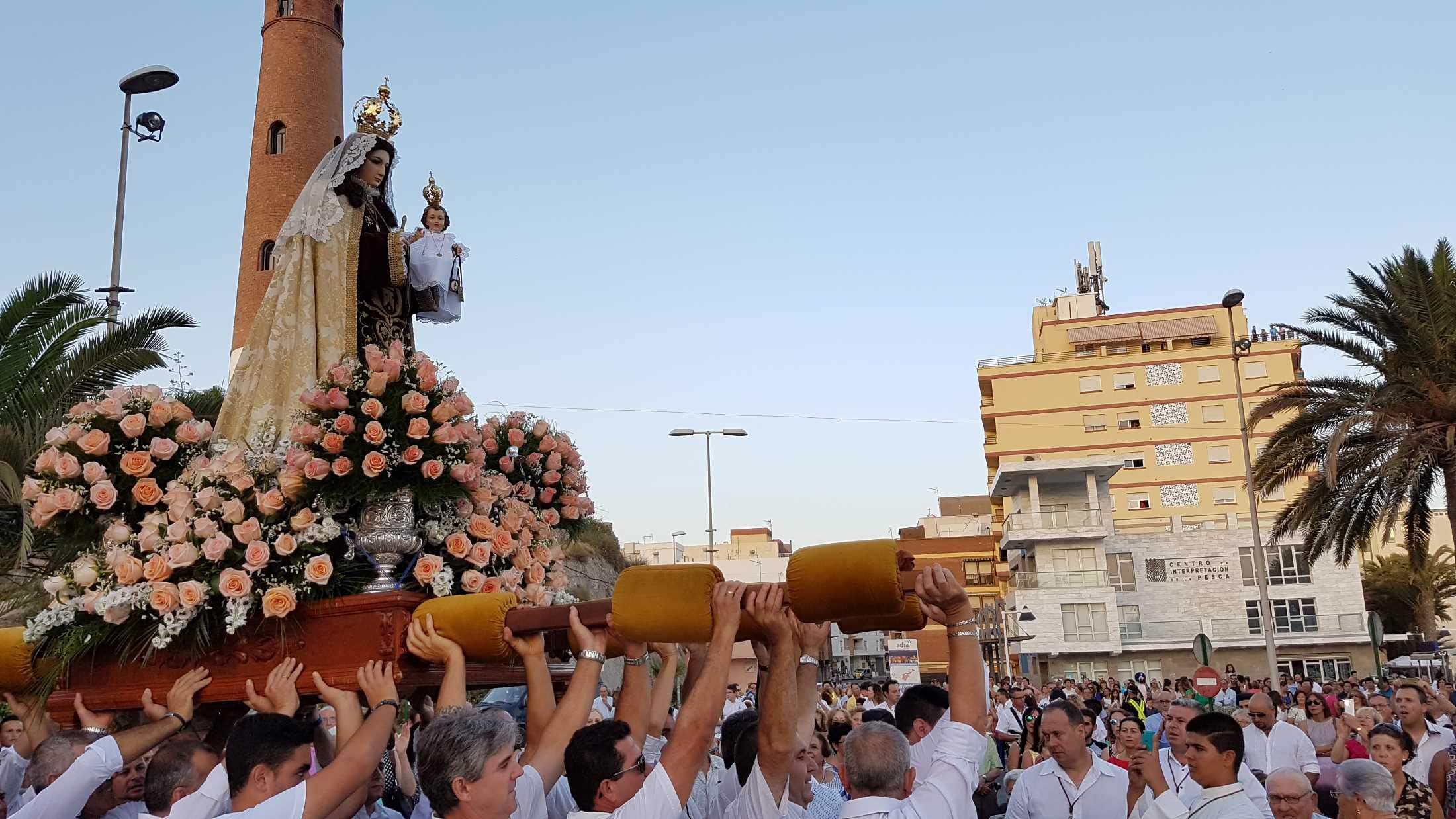 Adra honrará a su Virgen del Carmen del 14 al 16 de julio