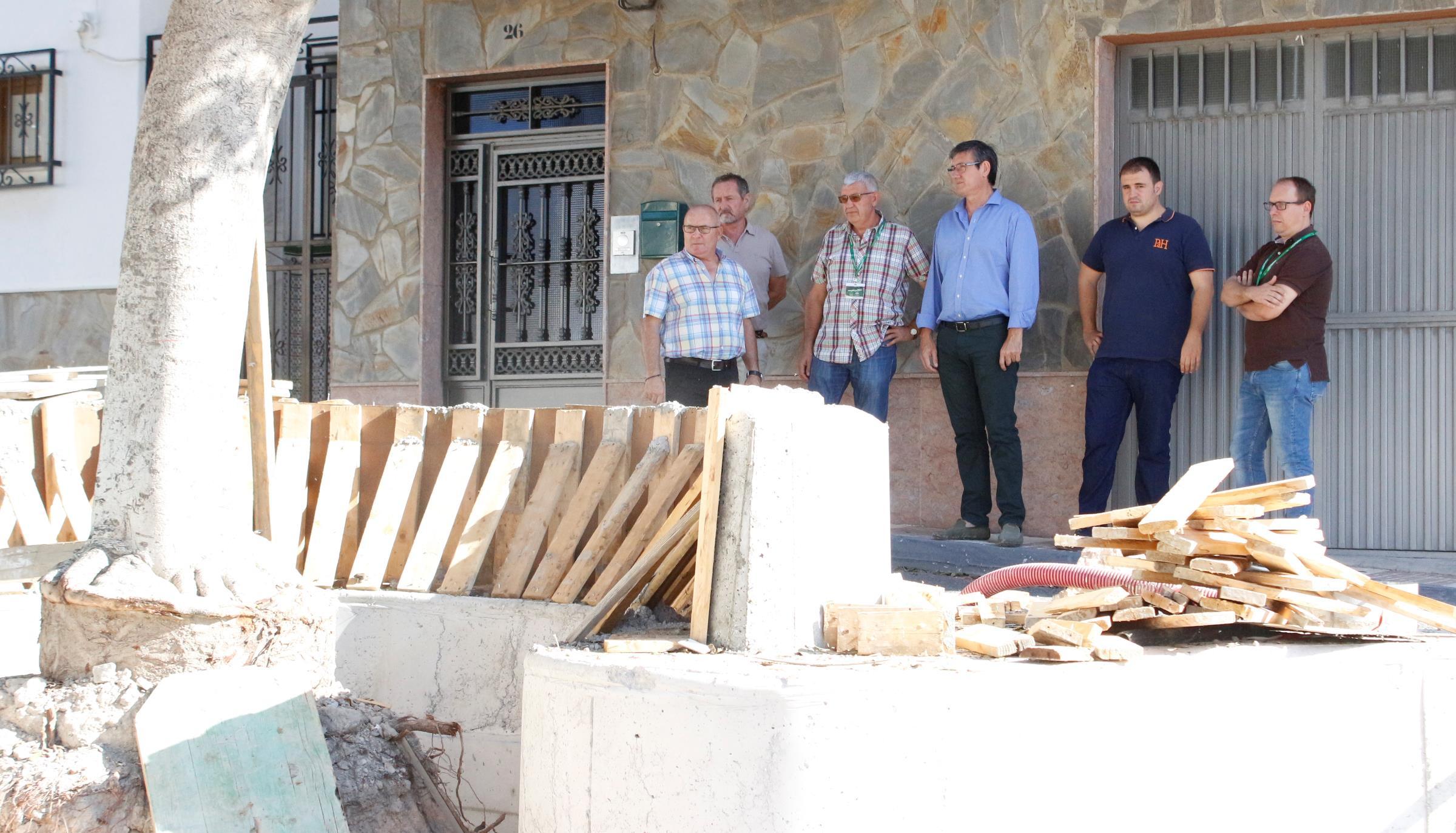 Las obras de la Plaza de Andalucía del Puente del Río atraviesan su recta final