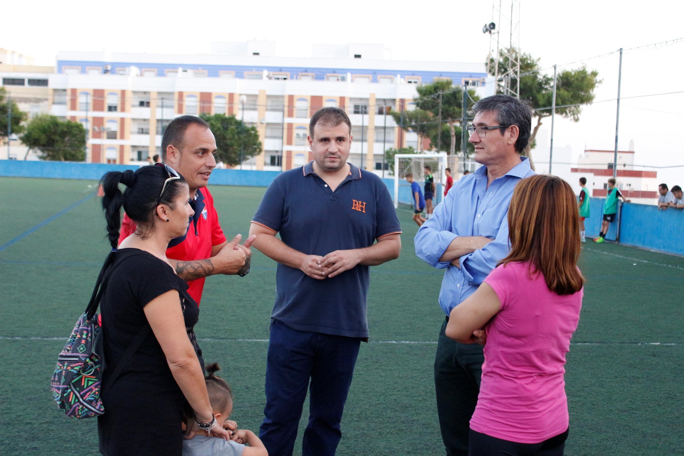 El Estadio Miramar de Adra tendrá su césped renovado antes de final de año