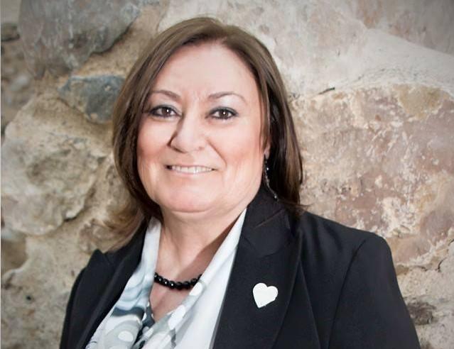 """Concha Reyes ve """"nerviosismo"""" en Teresa Piqueras ante el proyecto del PP y le pide que """"se preocupe de los asuntos del PSOE"""""""