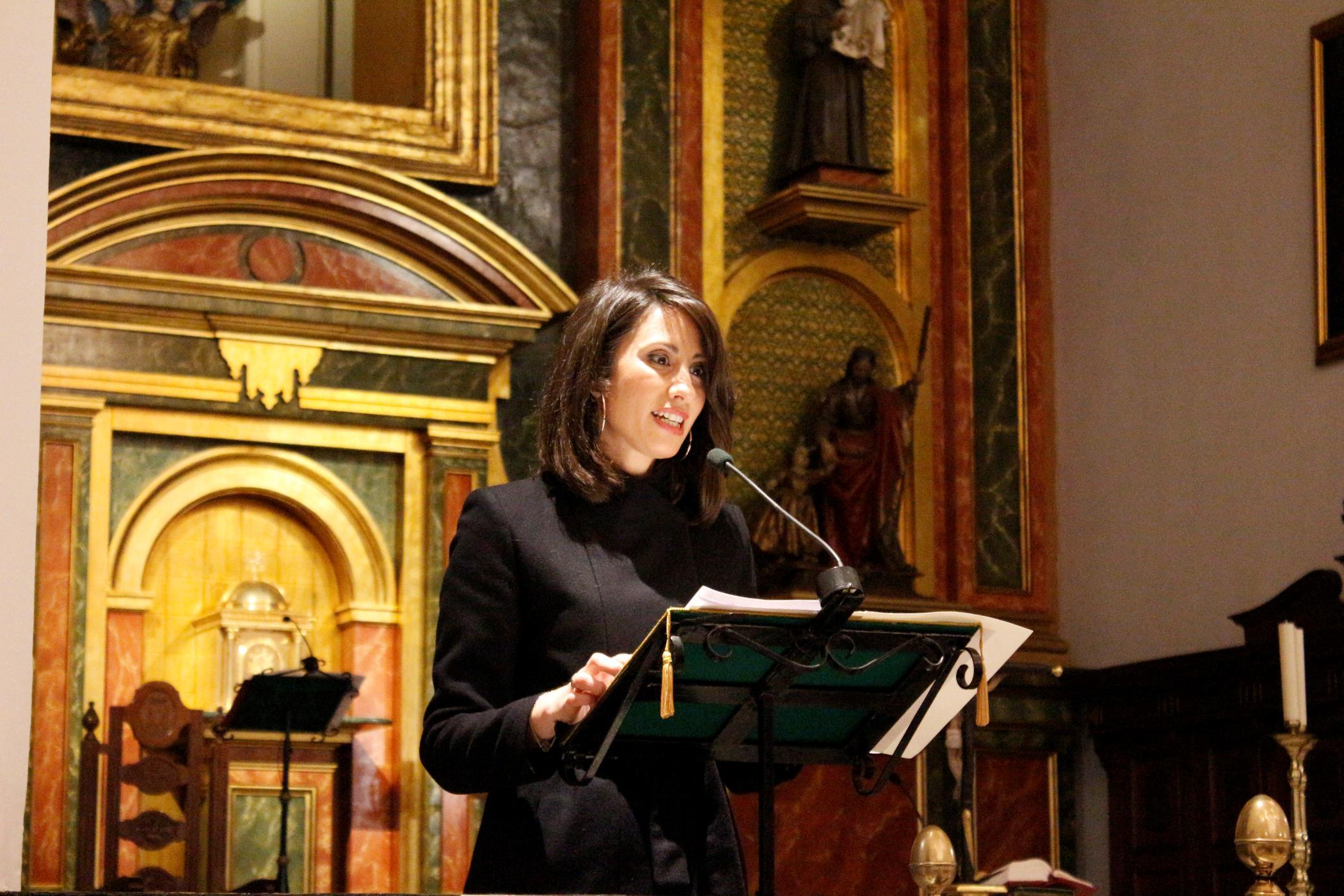 Carmen Belén López pregona la Semana Santa de Adra 2018