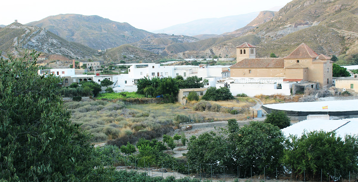 La Alqueria vista iglesia Adra