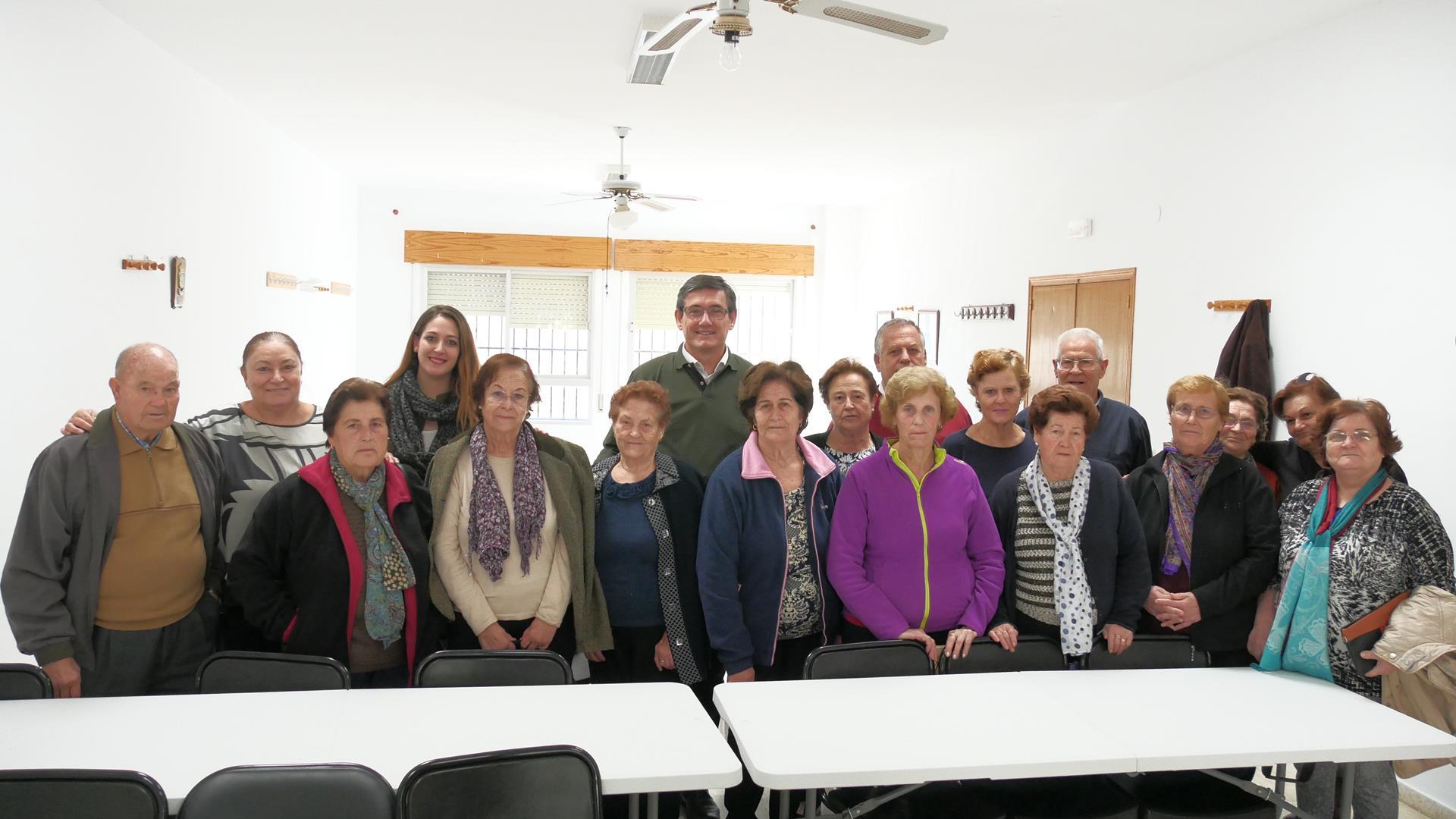 Más de 100 personas se benefician ya del nuevo Taller de Memoria municipal de Adra