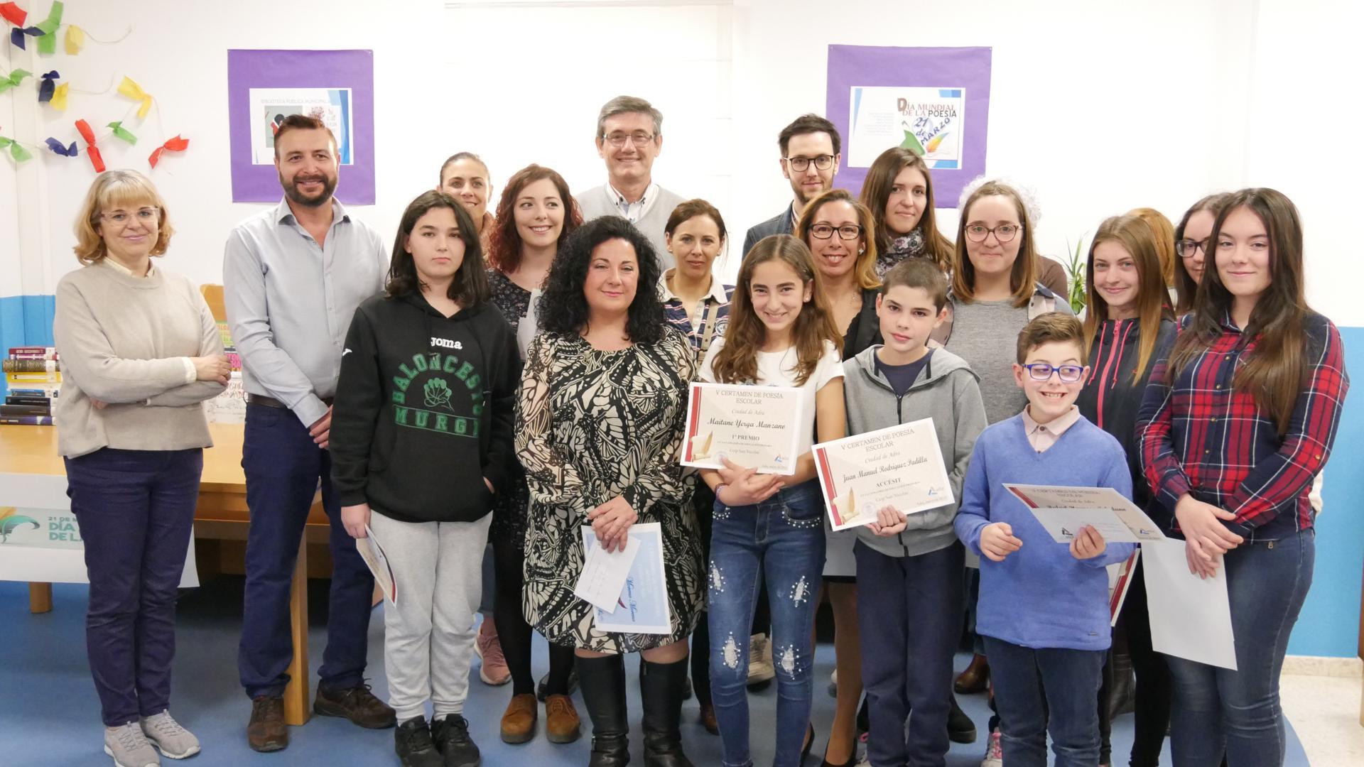 Entregados los premios del V Certamen de Poesía Escolar y el de Poesía para Adultos de Adra