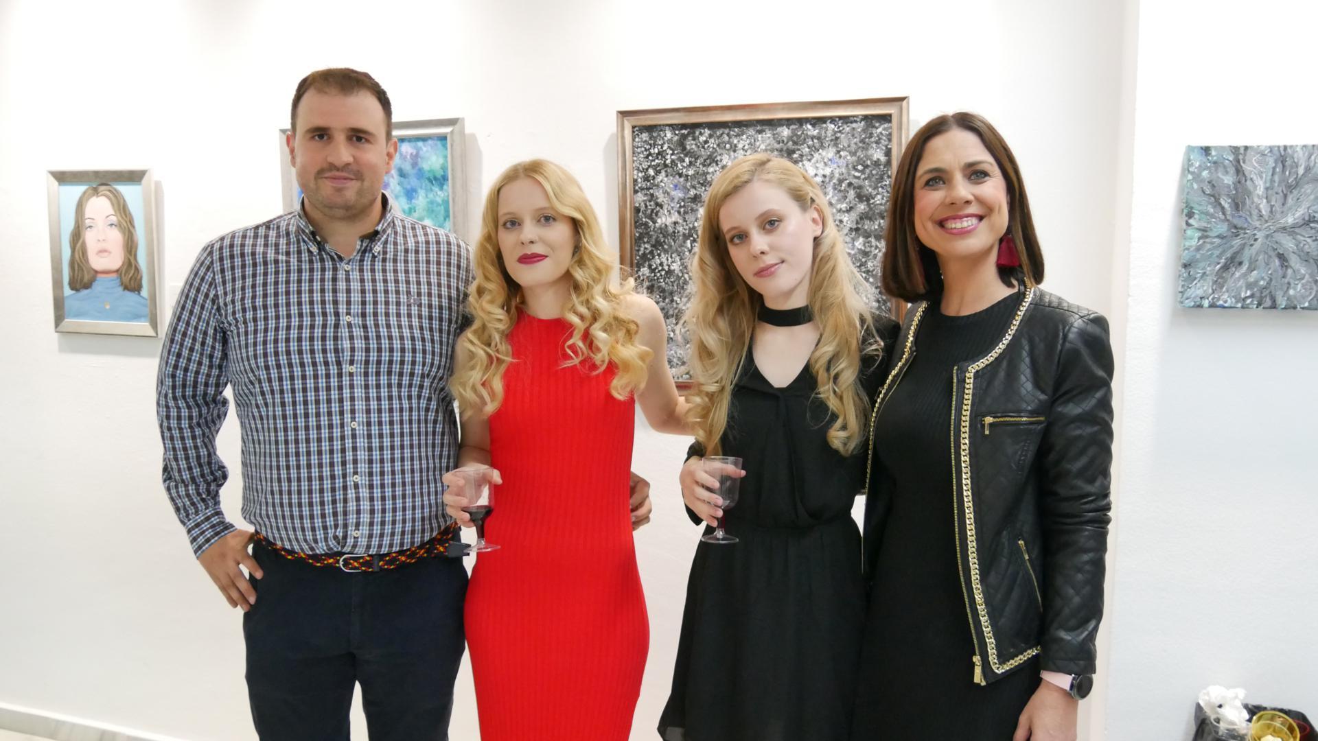 El Centro Cultural de Adra acoge la exposición 'Solo Show' de las hermanas Pamina y Cosima Butterstein
