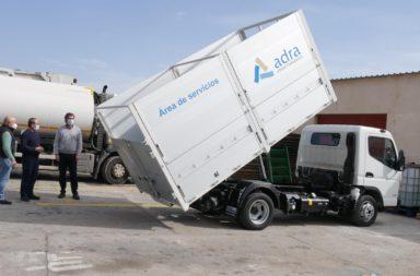 nuevo camión recogida cartón comercial adra