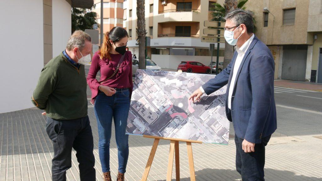 Presentación nueva rotonda Avenida Mediterráneo Adra