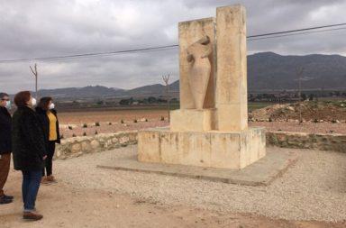 alcaldesa jumilla monumento adra