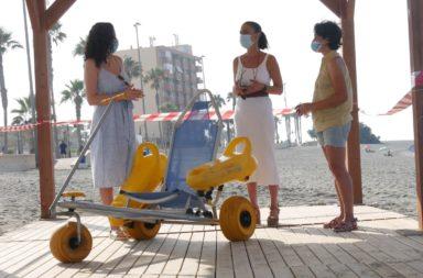 Adquisición nuevas flexipasarelas playas de Adra
