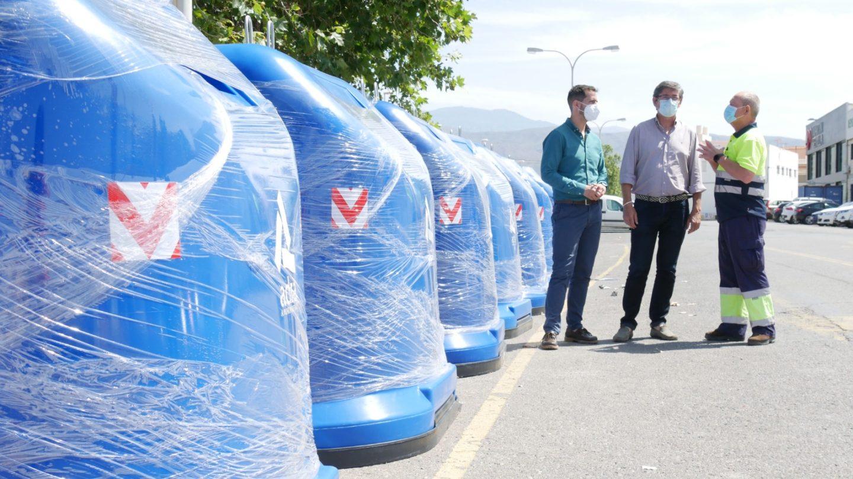 Adra mejora la recogida de papel y cartón añadiendo 25 nuevos contenedores azules