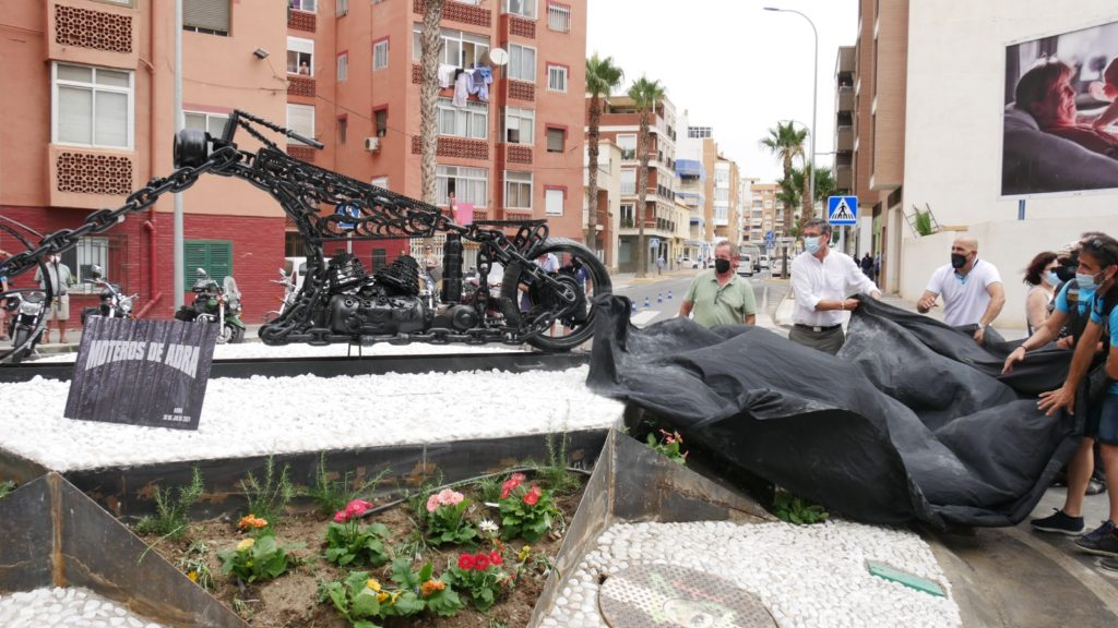 Inauguración rotonda Avenida Mediterráneo moto Adra
