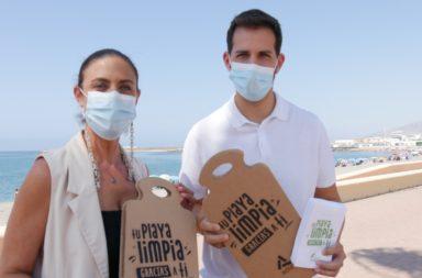 Reparto material promo Playas Limpias de Adra
