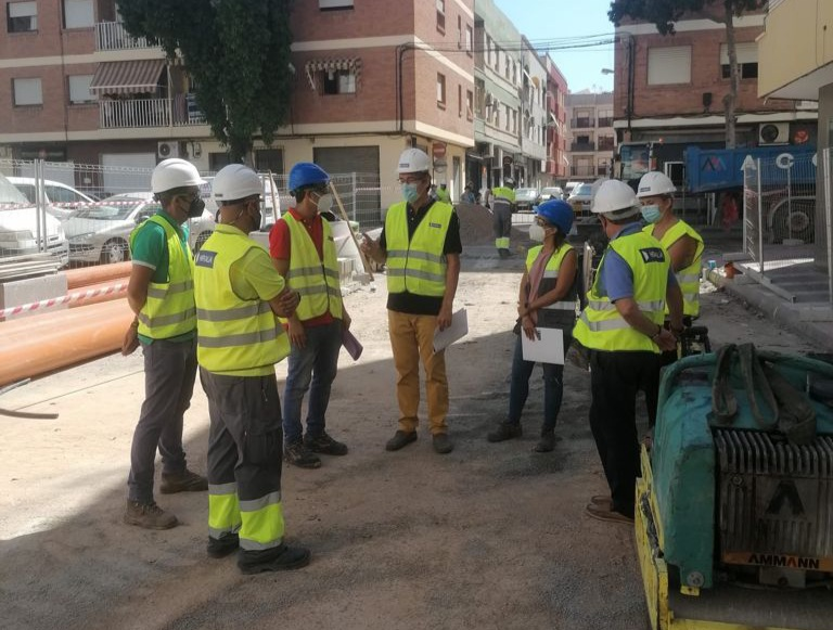 obras abastecimiento calle Neptuno Adra