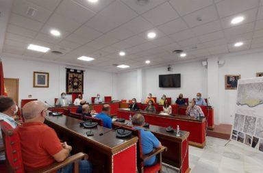 La Junta entrega una ayuda de 730.000 euros para la mejora del regadío a los comuneros del Río Adra